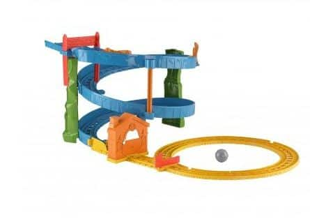 Amazon- Buy RailwayTM Thomas & Percy's Raceway at Rs 961